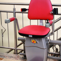 מעלון כיסא מתעקל – חברת Hawle